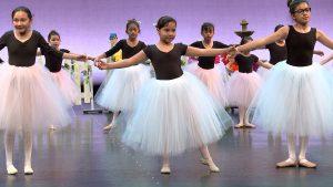 ¡COLORES! - Evelyn Cisneros-Legate dancers