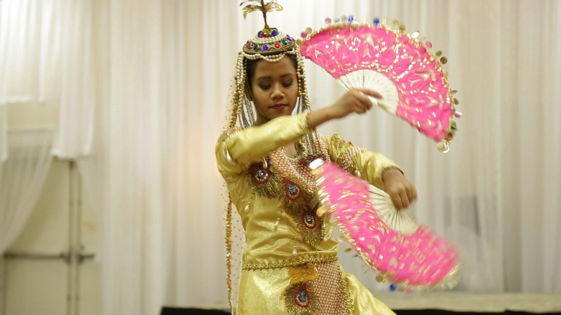 """<br class=""""blank"""" /><b>DANCES OF THE PHILIPPINES</b>"""