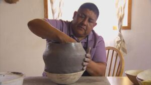 Acoma Potter Robert Patricio