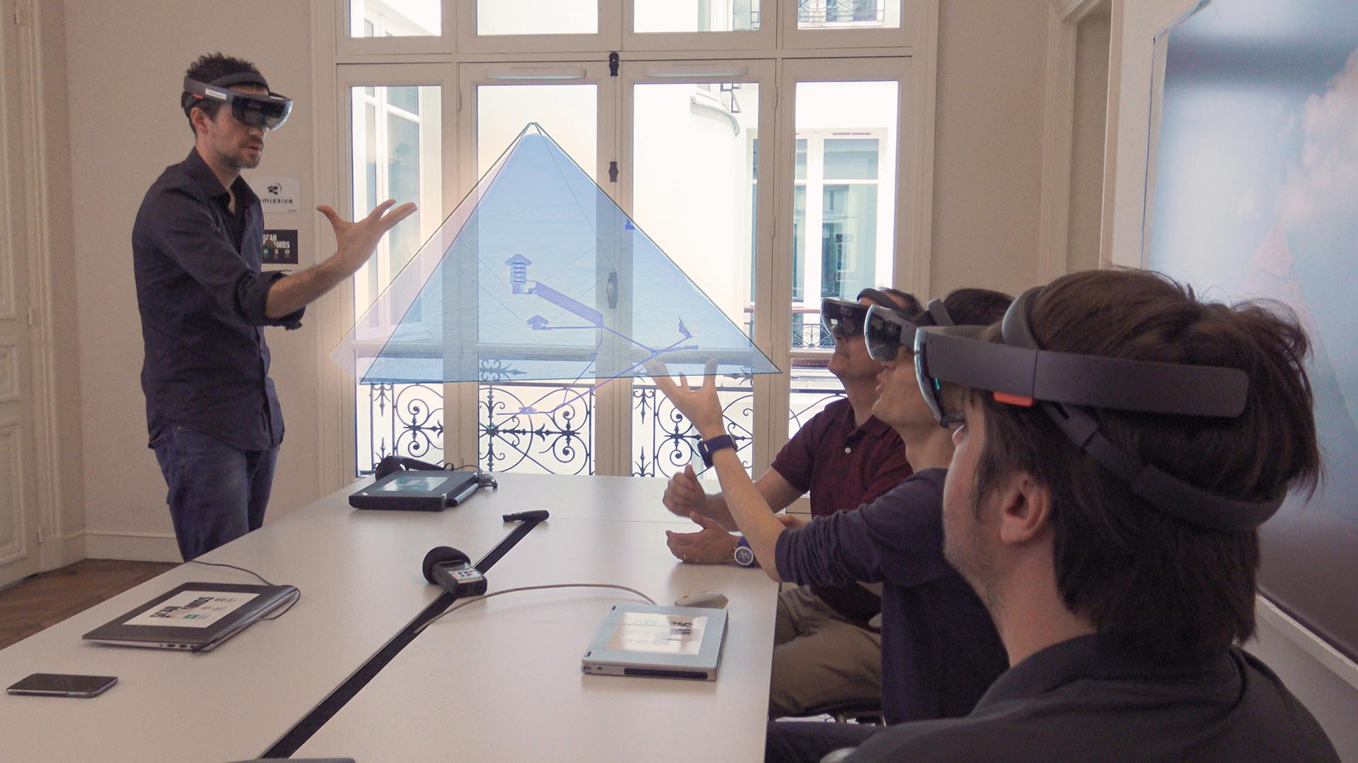 Presentation-of-the-results-of-Scan-Pyramids-in-augmented-reality